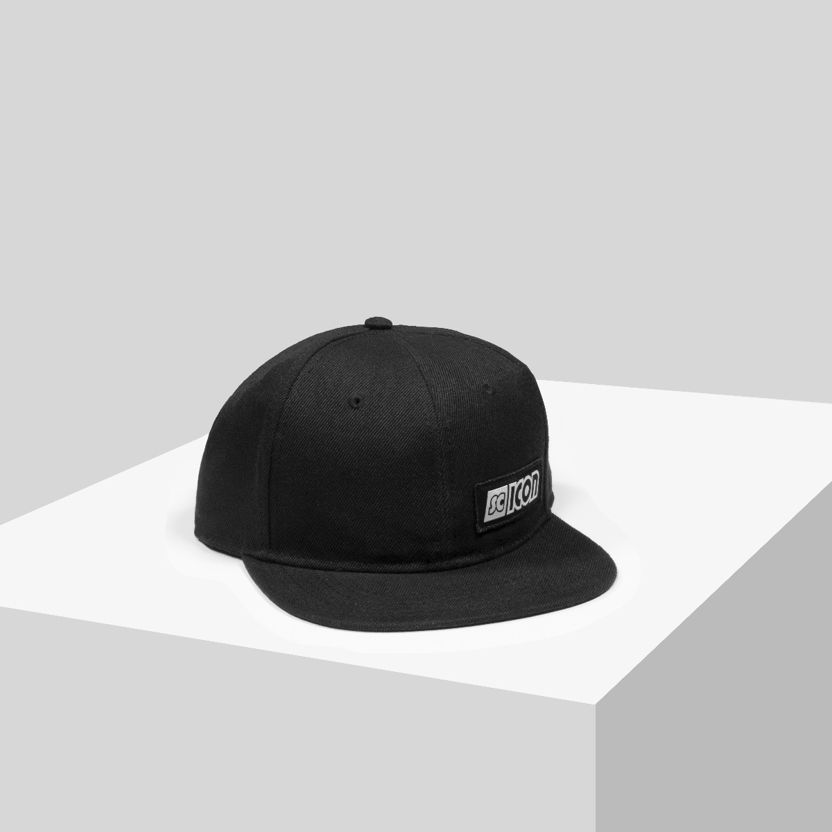 SQUADRA SNAPBACK CAP 02